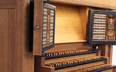 Orgelhaus im Stiftland - Hauptwerk Spieltische